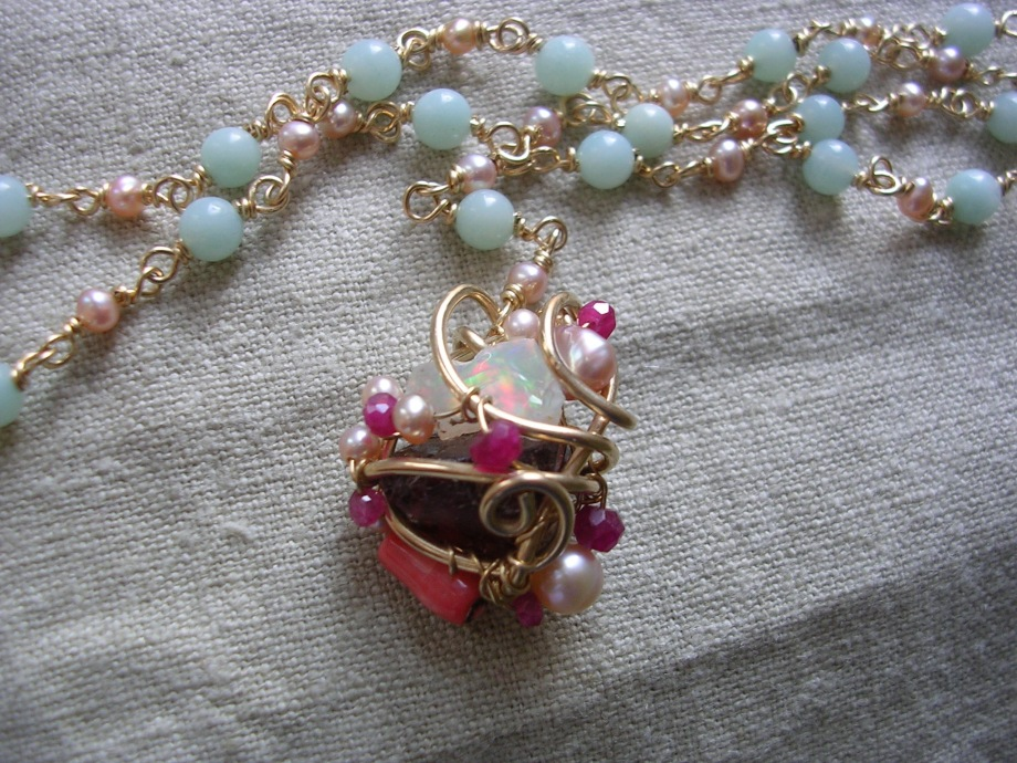 MR-21 Opal Necklace